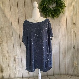 Torrid. Blue tunic with gold star print. Size 4X